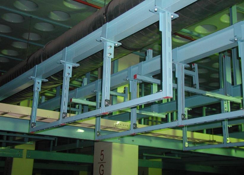 抗震支吊架安装施工现场摄图