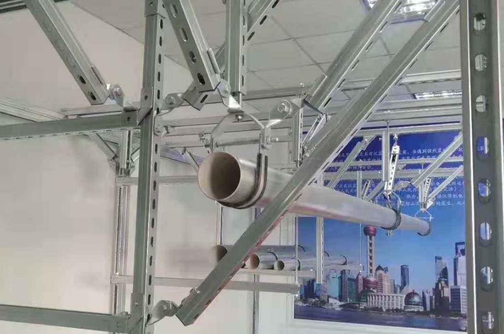 管廊抗震支架安装实拍图片